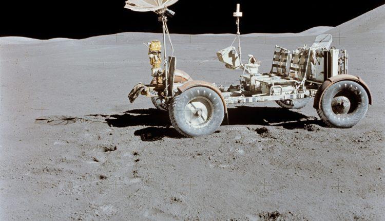 Apollo_15_Lunar_Rover_źródło NASA