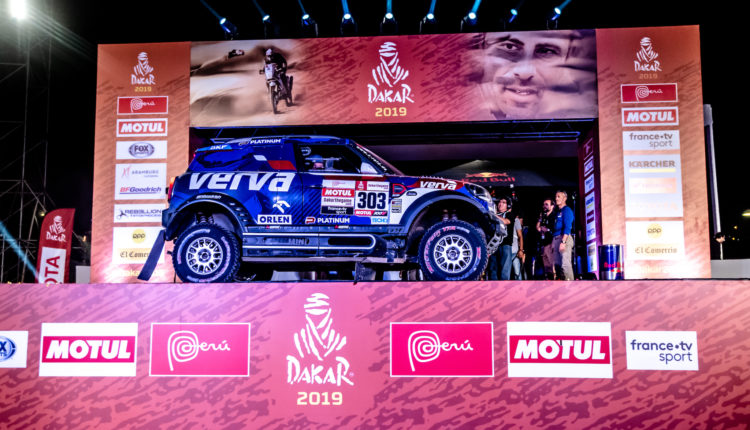 Dakar2019_ORLEN_Team_Kuba_Tom_Adam_podium (6)