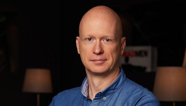 Bartek_Hanus_Strategy_Director_LeoBurnett_official