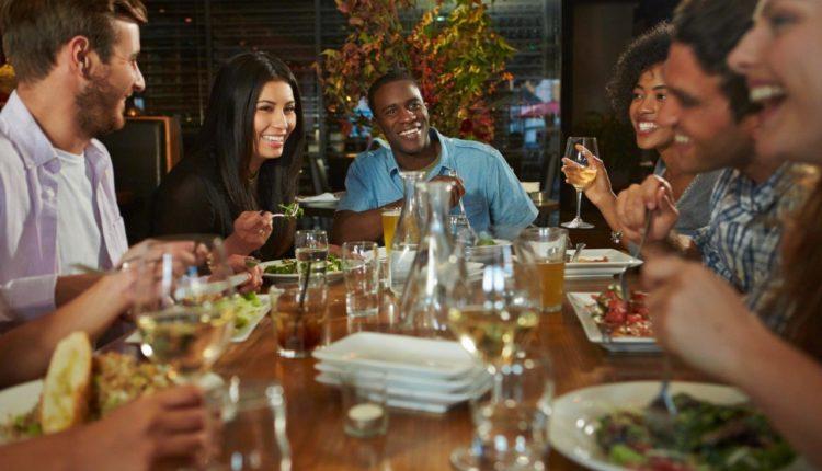wpływ muzyki na działalność restauracji