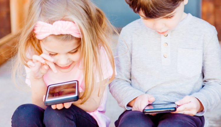 konsumpcja internetu przez młodzież